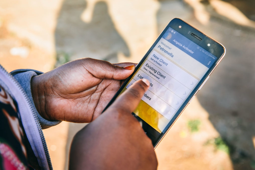 Angaza : offline-accessible mobile app allows for real-time data capture in the field