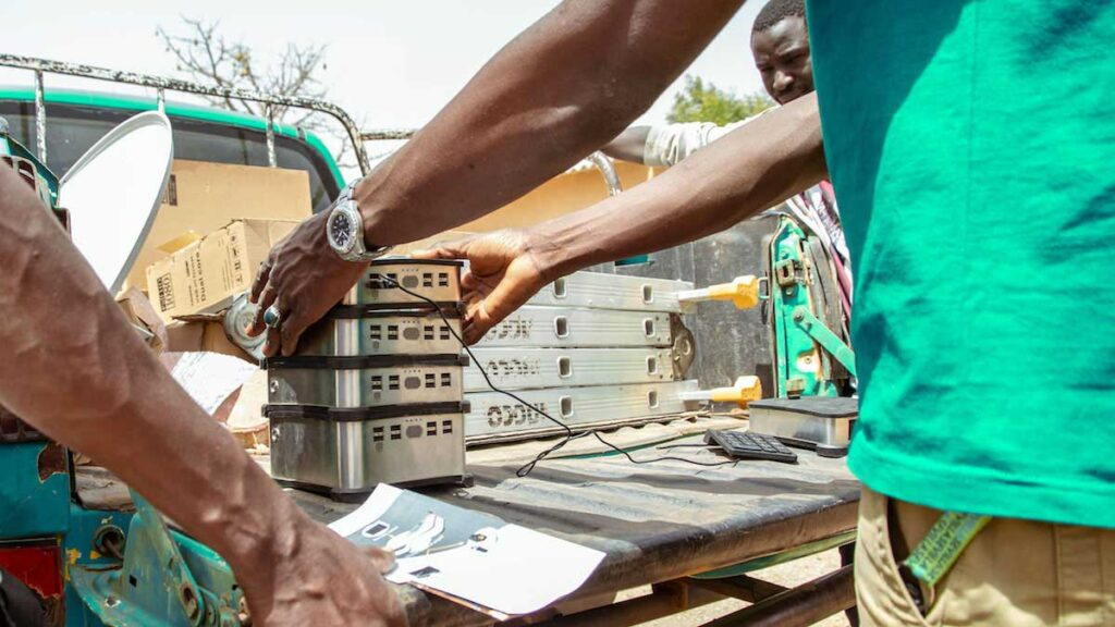 Angaza and Solarworx Solego 80/160 Bring Modular Solar Solutions to Africa